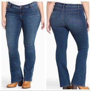 TORRID slim bootcut medium wash jeans 16R